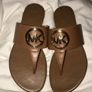 Michael Kors tan leather thong sandals